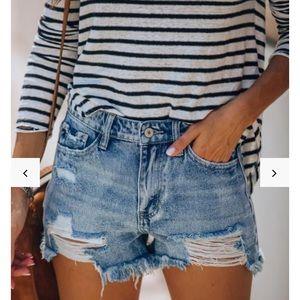 Vici Kancan denim shorts